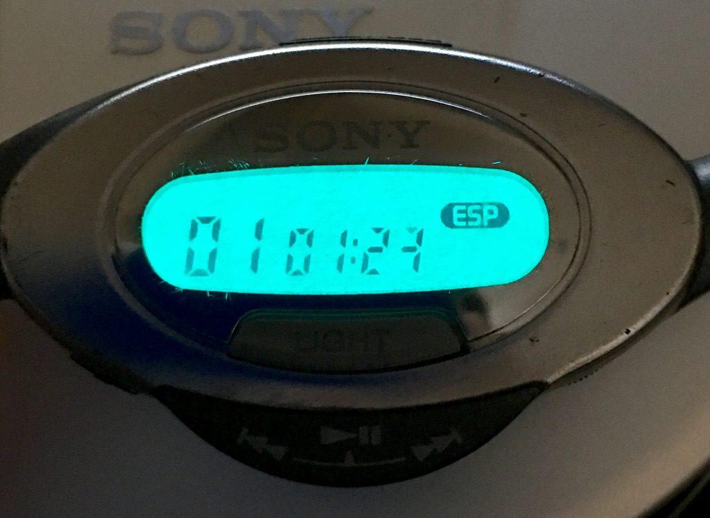 SONY D-E808のリモコンのバックライト
